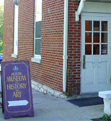 Loomis Hall Entrance to the Museum